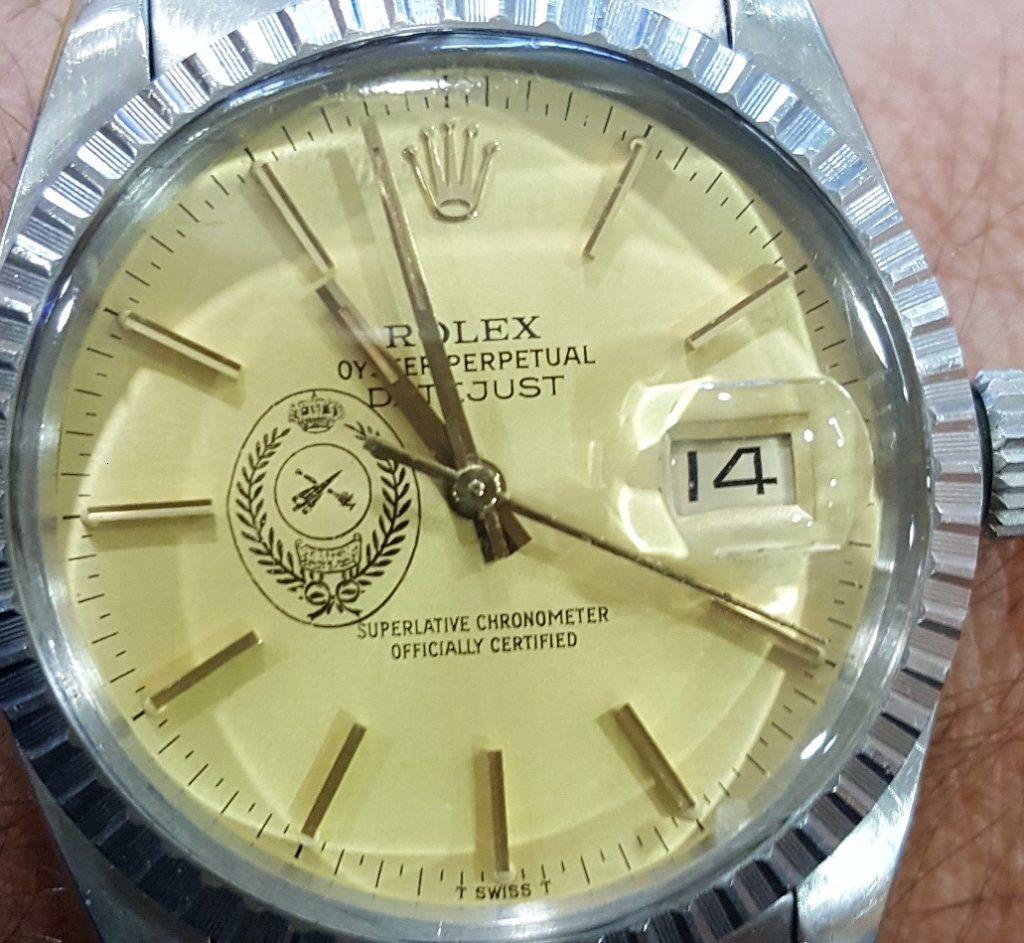 rolex crested dial - FAKE